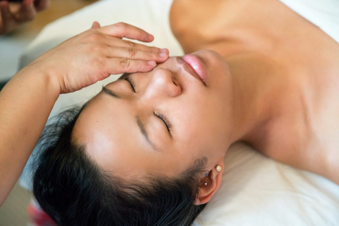 Blog Image Ten Commandments of Skin Care with Help